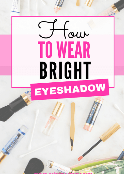 How to wear bright eyeshadow: 3 easy ways Do you want to wear bright eyeshadow but don't know how? Do you want to wear a bold eye look, but you're not sure where to start? Then check out these three simple ways to brighten up your eyes. #makeup #eyeshadow #tutorial #howto #shadowsense