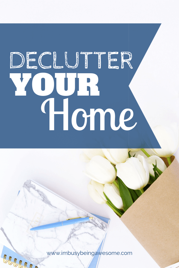 Have you been hit by the Marie Kondo tidying up bug? Are you ready to declutter your home and improve your life? Are you excited to get organized? Discover organizing ideas, checklists, and tips, to organize your kitchen, bedroom, basement, family room, garage, bathroom, and everywhere in between. It's life changing. #declutter #organization